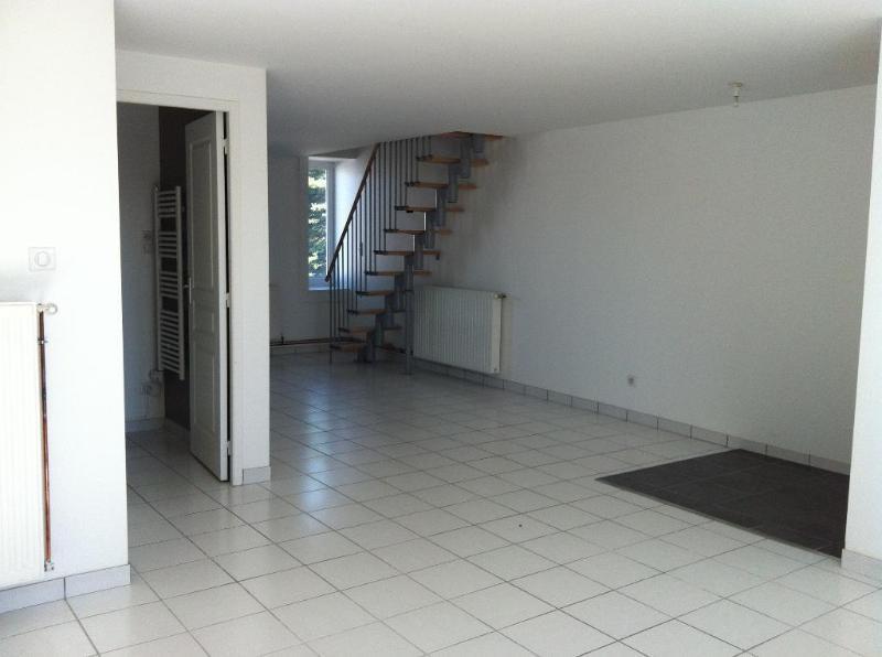 location petite chambre froide avec des id es int ressantes pour la conception de. Black Bedroom Furniture Sets. Home Design Ideas